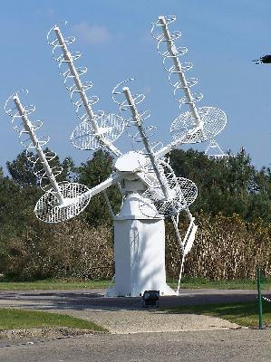 Tracker multi-antennes de satellite